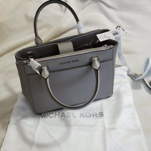 NWT Michael Kors Gibson with Cross Body Strap